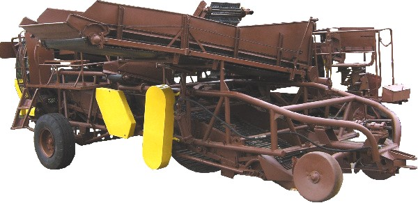 ККУ-2А – Картофелеуборочный комбайн